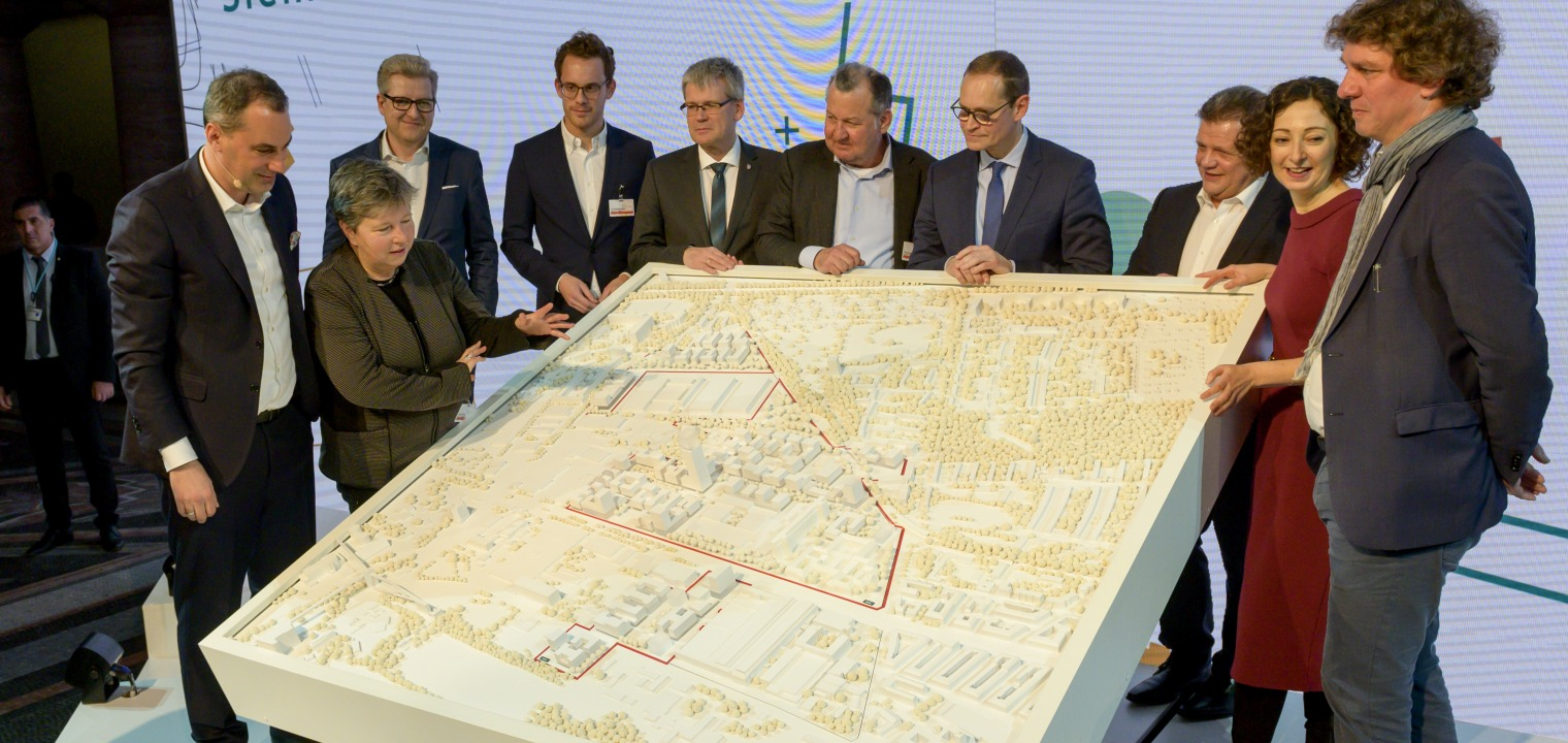Presentation of the winning design of Siemensstadt 2.0 by the jury