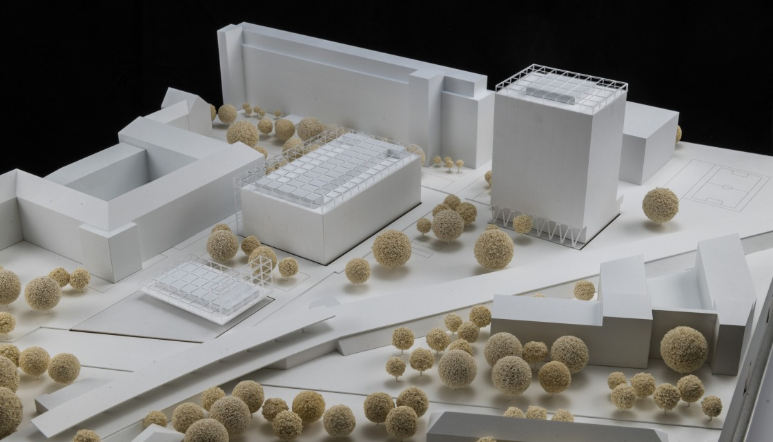 Model view of the new entrance area from the station from the winning design by ROBERTNEUN Architekten